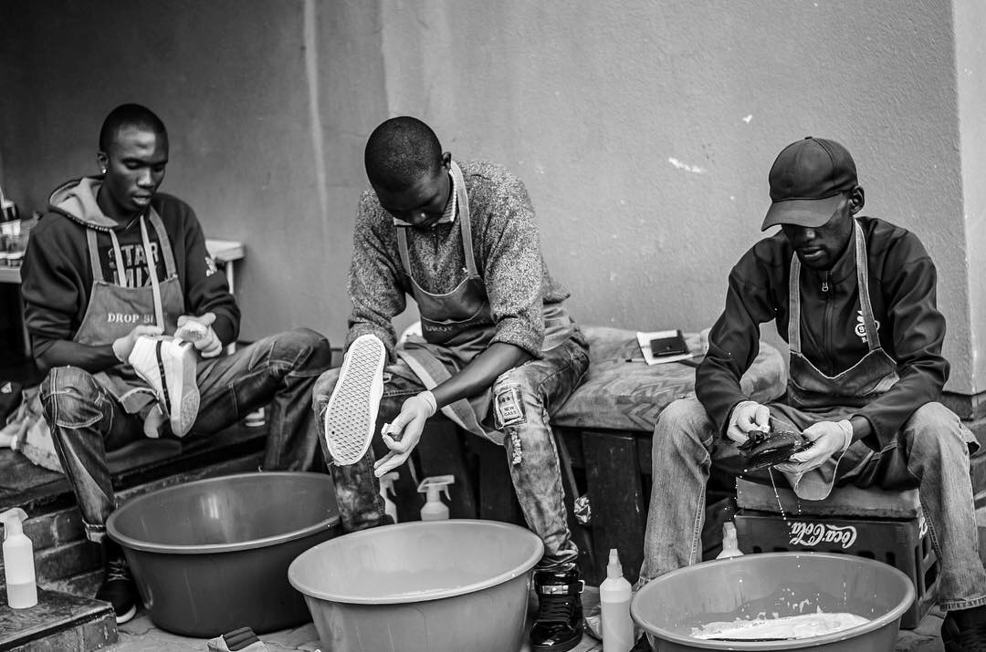 Drop Shoe Team hard at work Photo by Mduduzi 'Meth' Mahlangu.jpg.