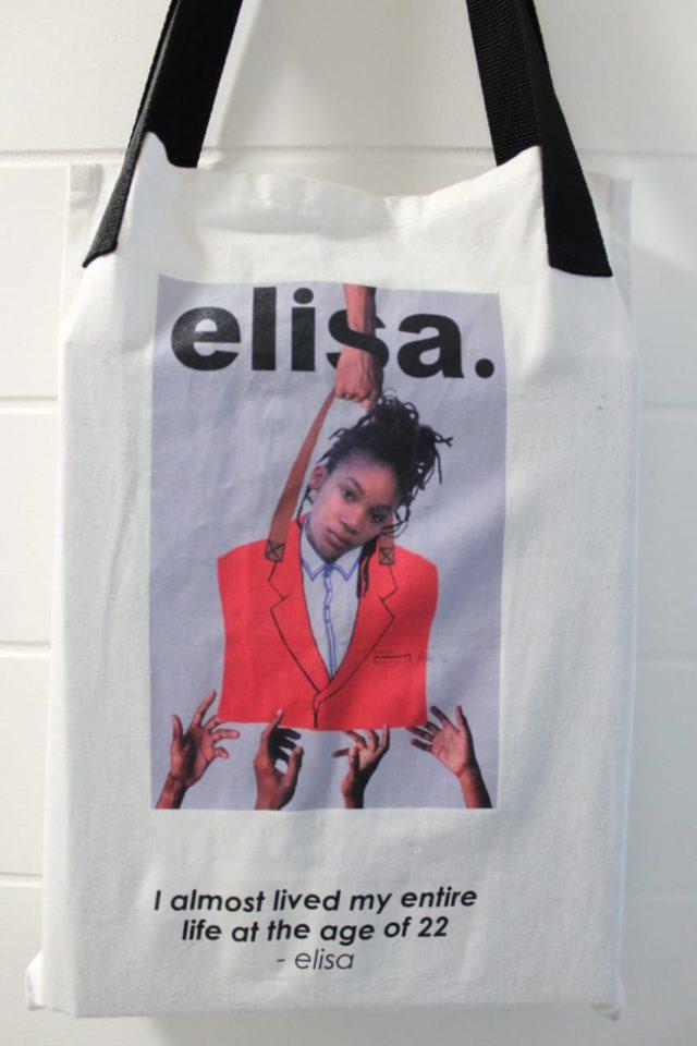 Er'body wants a piece of Elisa. Photo by Lebogang Motsagi